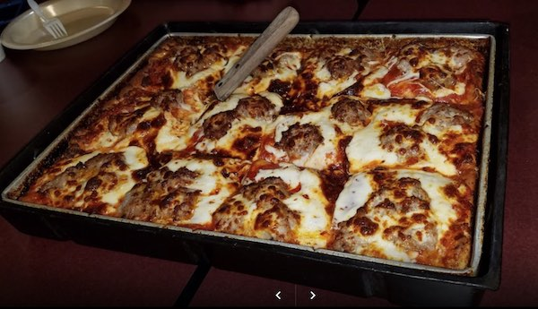 The 6 Best Pizza Places In Wauwatosa A Tour